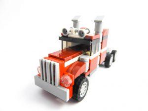 LEGO Creator Expert 31091 Shuttle Transporter 3 of 10