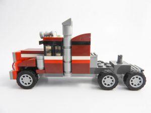 LEGO Creator Expert 31091 Shuttle Transporter 4 of 10 1