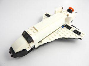 LEGO Creator Expert 31091 Shuttle Transporter 5 of 10