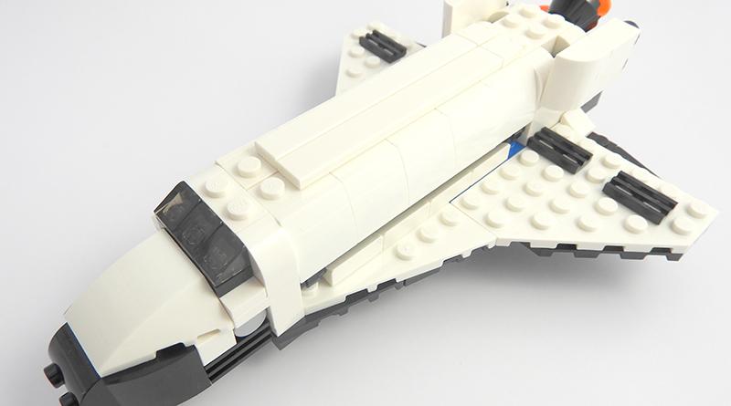 LEGO Creator Expert 31091 Shuttle Transporter featured