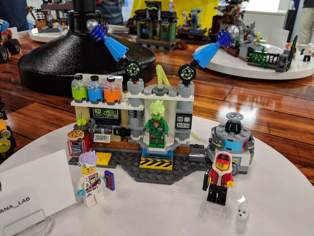 LEGO Hidden Side 70418 Lab 1 1024x768