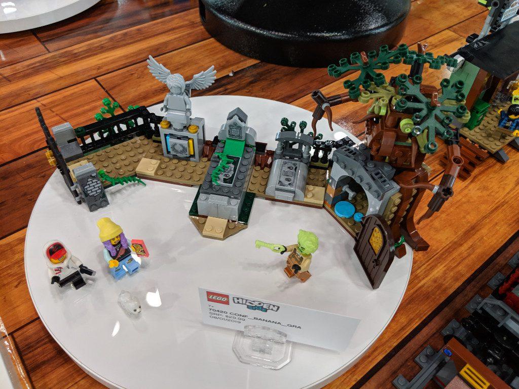 LEGO Hidden Side 70420 Graveyard 1 1024x768