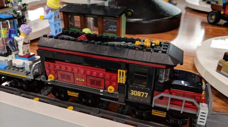 LEGO Hidden Side 70424 Train 1 800x445