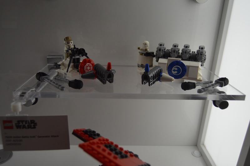 LEGO Star Wars 75239 Action Battle Hoth Generator 1