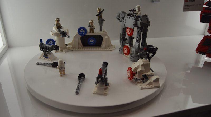 LEGO Star Wars 75241 Action Battle Echo Base 1 800x445