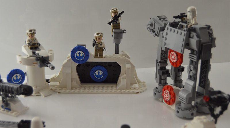 LEGO Star Wars 75241 Action Battle Echo Base 2 800x445