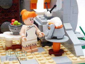 LGO Ideas 21316 The Flintstones 17 300x225