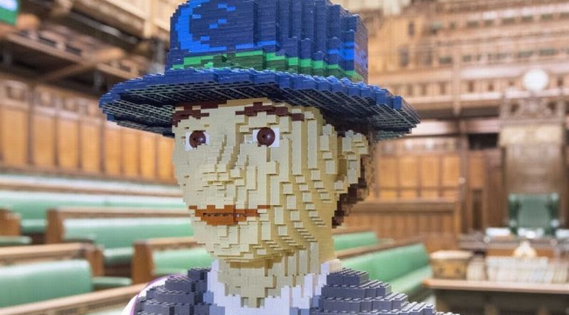 Suffragette Hope LEGO Model Featured 800 445