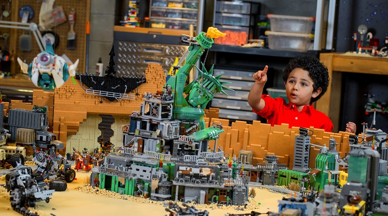 TLM2 LEGOLAND Experience Featured 800 445