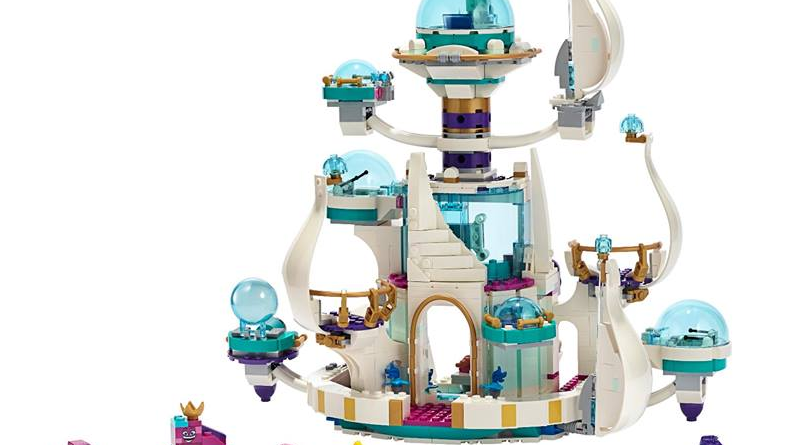 The LEGO Movie 2 70838 Queen Watevras So Not Evil Space Palace Featured 800 445 800x445