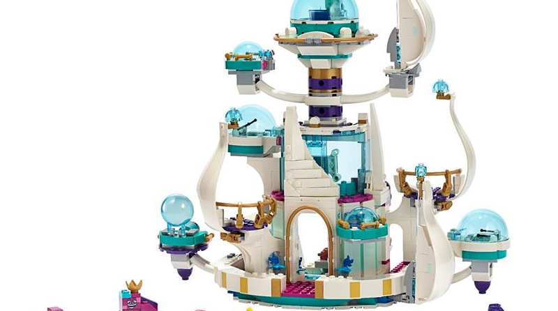 The LEGO Movie 2 70838 Queen Watevras So Not Evil Space Palace Featured 800 445