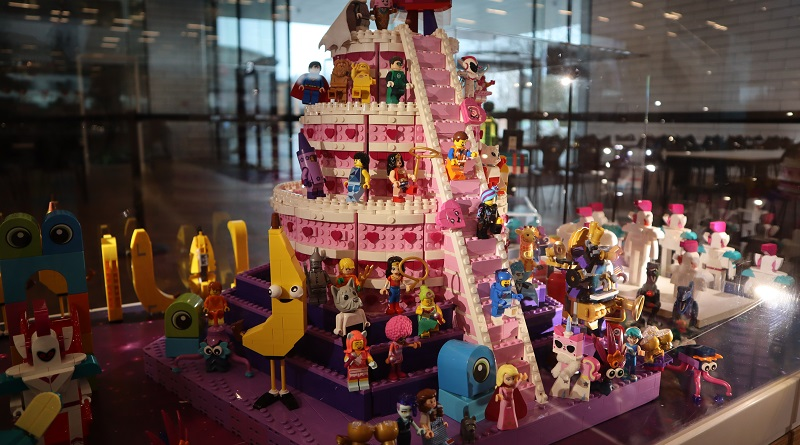 The LEGO Movie 2 LEGO House Featured 800 445