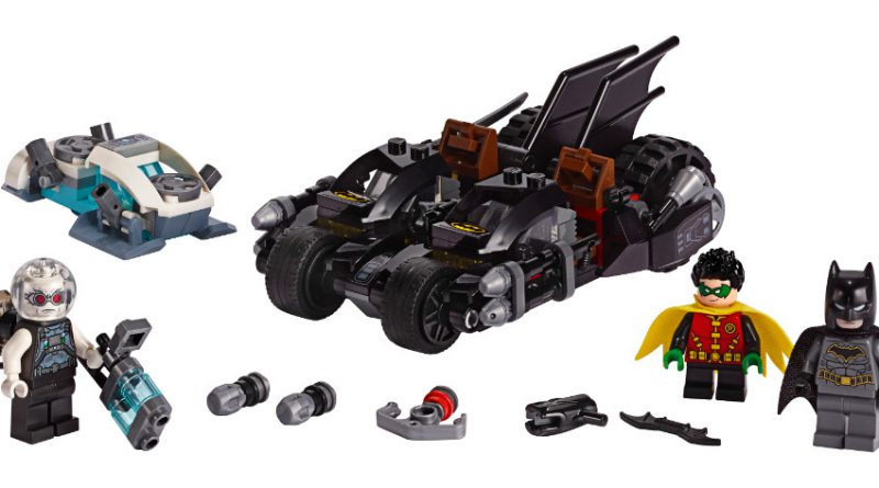 LEGO Batman 76118 Mr Freeze Batcycle Battle 800x445