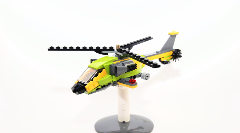 LEGO Creator 31092 Helicopter Adventure 10