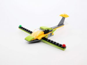 LEGO Creator 31092 Helicopter Adventure 8 300x225