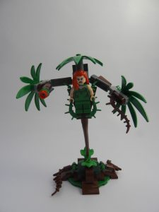 LEGO DC Super Heroes 76117 Batman Mech vs Poison Ivy mech 17