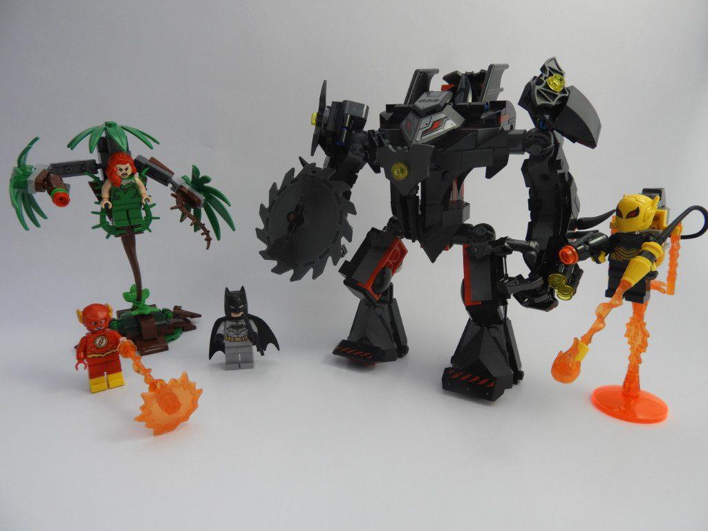 LEGO DC Super Heroes 76117 Batman Mech Vs Poison Ivy Mech 3 1024x768