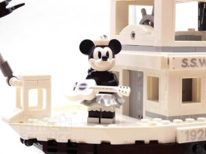 LEGO Ideas 21317 Steamboat Willie 28 300x225