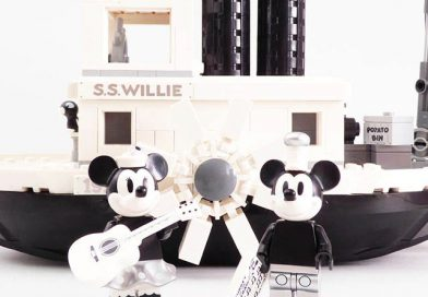 LEGO Ideas Disney Mickey Mouse 21317 Steamboat Willie review