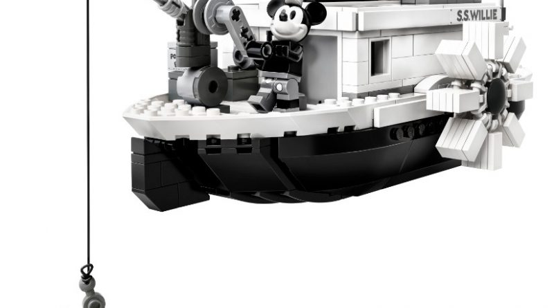 LEGO Ideas 21317 Steamboat Willie Official 7 800x445