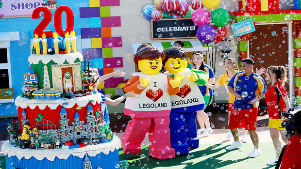 LEGOLAND California Resort 2 Years Dance Party