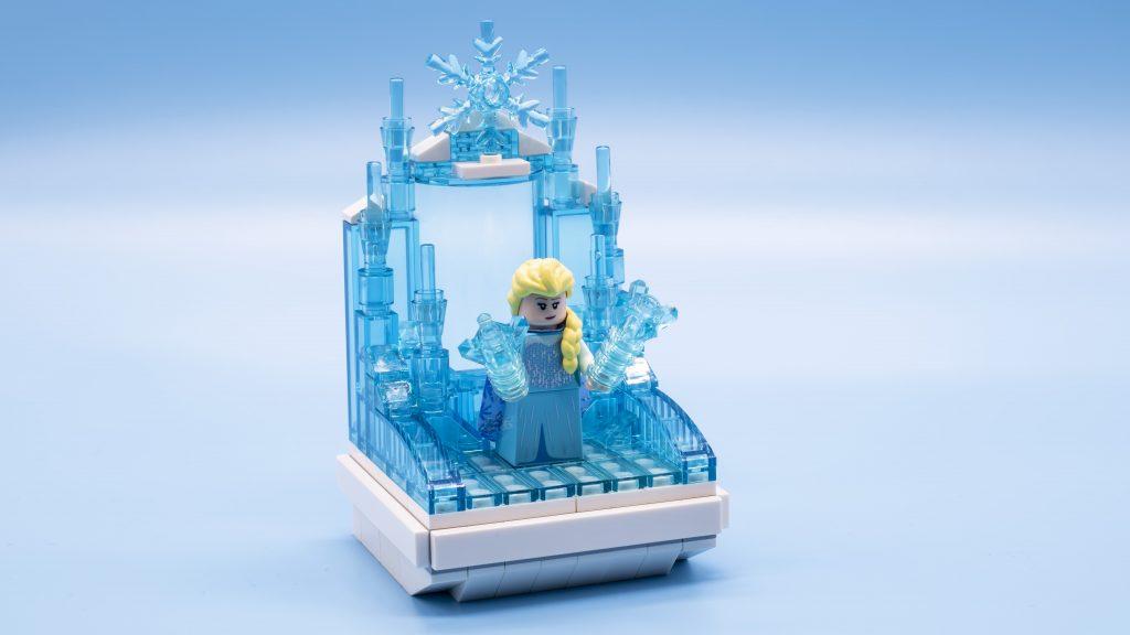 LEGO Disney Collectible Minifigures vignettes: Elsa