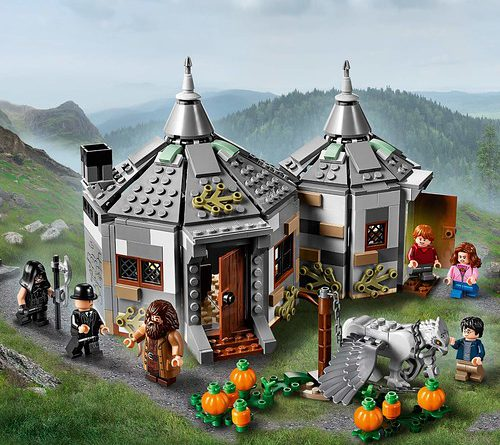 LEGO Harry Potter 75947 Hagrids Hut 1 500x445