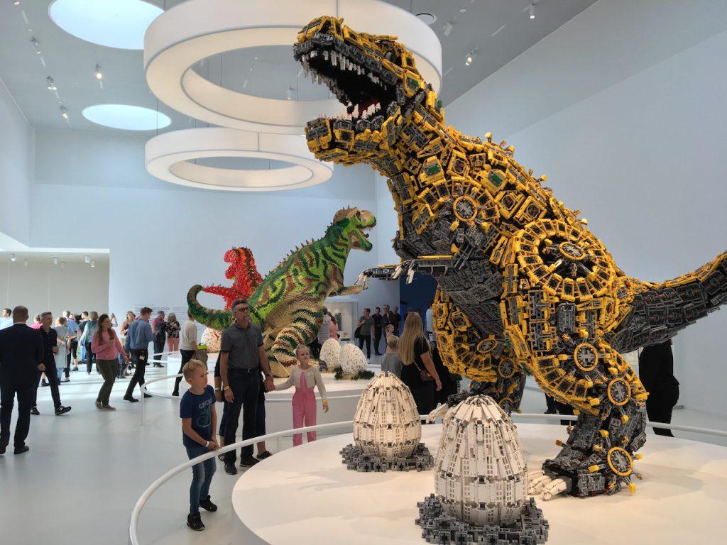 LEGO House Dinos 1024x768