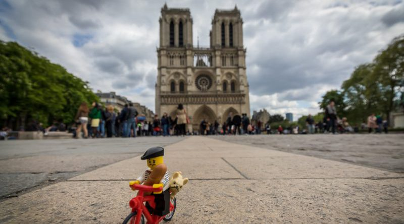 LEGO Notre Dame E1555368751144 800x445