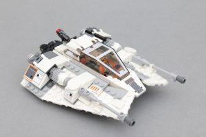 LEGO Star Wars Review 75259 Snowspeeder 20th Anniversary Edition 2 300x200