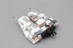 LEGO Star Wars Review 75259 Snowspeeder 20th Anniversary Edition 3 300x200