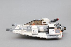 LEGO Star Wars Review 75259 Snowspeeder 20th Anniversary Edition 4 300x200