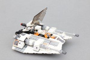 LEGO Star Wars Review 75259 Snowspeeder 20th Anniversary Edition 5 300x200