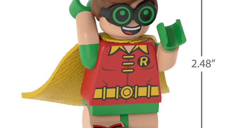 The LEGO Batman Movie LEGO Robin Ornament 3 800x445