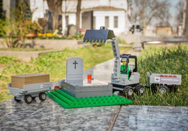 Vienna LEGO Funeral 1 640x445