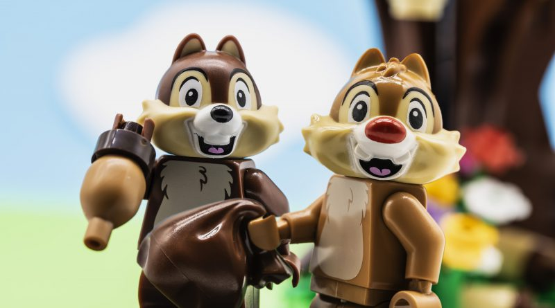 Chip N Dale Main Image 800x445