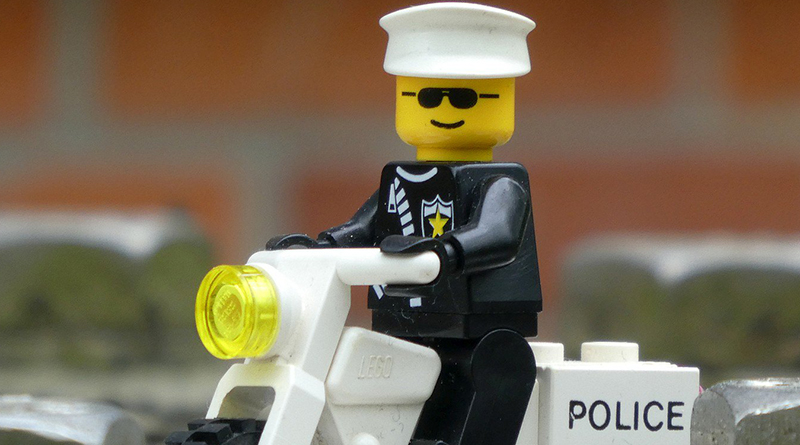 Brick Pic Classic Policeman Featured 800 445