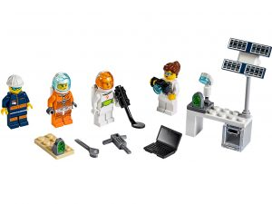 LEGO City 40345 Mars Exploration Minifigure Pack 1 300x225