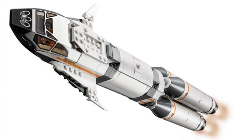 LEGO City 60229 Rocket Transport 8 750x445
