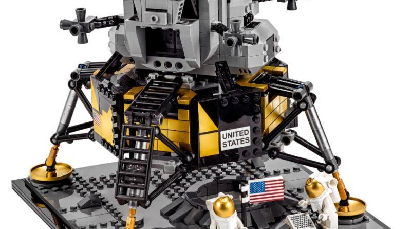 LEGO Creator Expert 10266 Lunar Lander 1 1 800x445