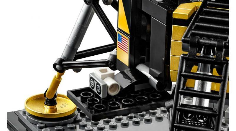 LEGO Creator Expert 10266 Lunar Lander 5 800x445