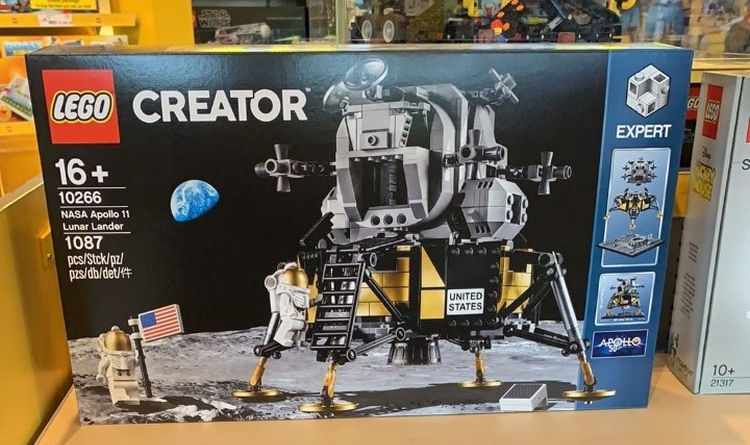 LEGO Creator Expert 10266 Lunar Lander Featured 800 445 750x445