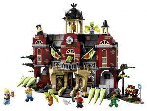LEGO Hidden Side 70425 High School 1 300x227