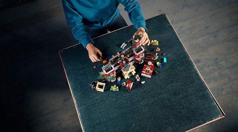 LEGO Hidden Side 70425 High School 8