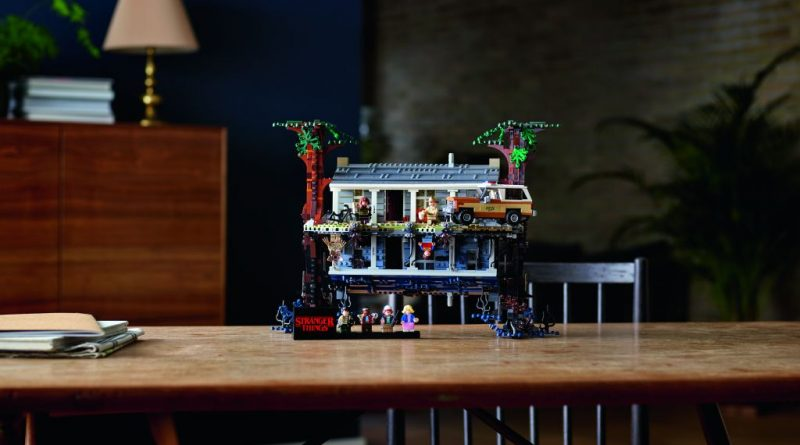 LEGO Stranger Things 75810 The Upside Down 15 800x445
