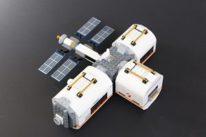 lunar space station lego review - photo #7