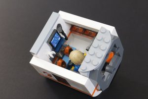 LEGO CITY Space 60227 Lunar Space Station Review 10 300x200