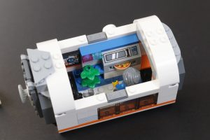 LEGO CITY Space 60227 Lunar Space Station Review 12 300x200