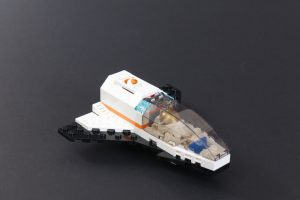LEGO CITY Space 60227 Lunar Space Station Review 14 300x200