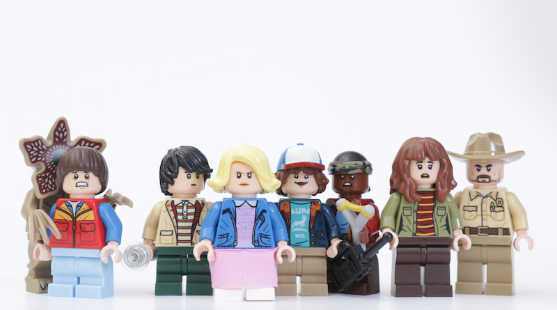 LEGO Stranger Things 75810 The Upside Down Review Minifigure Title
